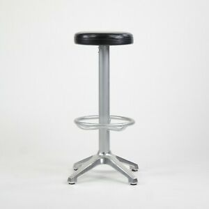 AMAT-3 Cooper Bar Height Leather Stools Spain 2x Available for Knoll Studio