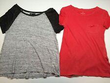 Lot of 2 American Eagle & Aeropostale Short Sleeve Tops Junior Women Size S & XS