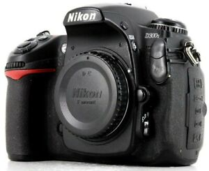 Nikon D D300S 12.3MP Digital SLR Camera - Body and Extras GREAT CONDITION