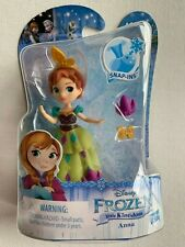 Hasbro Disney Frozen Little Kingdom Anna in Coronation Gown with Snap-ins