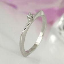 Zarter Ring in 585 Weißgold 14K mit 1 Diamanten ca 0,03 ct Wesselton P1 Gr. 50