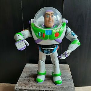 "Disney Pixar Hasbro 2001 Toy Story Buzz Lightyear rare Utility Belt ""12 TESTED"