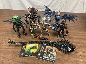 Kenner Aliens and Predator Figures Lot