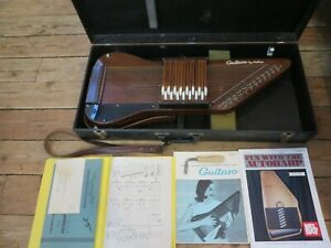 VINTAGE 1960's AIRLINE GUITARO AUTHOHARP W/ CASE WRENCH & BOOKS
