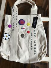 RARE MARC JACOBS DAISY FRAGRANCE CANVAS TOTE BAG WITH BADGES, Brand New With Tag