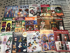 LOT 15 PLASTIC CANVAS pattern books Holiday Christmas Leisure Arts 100+ Projects
