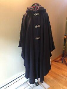 VTG Casco Bay Portland Maine 100% Wool Boutique Designer Cape Cloak Hood OS