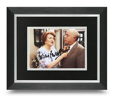Patricia Routledge Signed 10x8 Framed Photo Display Keeping Up Appearances + COA