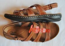 Clarks Collection Leisa Daisy Tan Strappy Sandals Women's size 8.5M