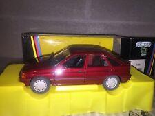 #428 SCHABAK 1/24 Ford Escort Ghia Bordeaux 4 Aperture