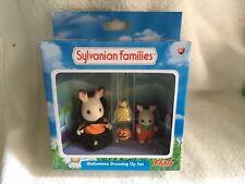 Sylvanian Families Halloween Dressing Up Set Flair BNISB chocolat lapin