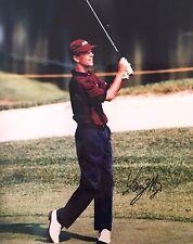 Autographed 8x10 photograph of golfer Larry Mize