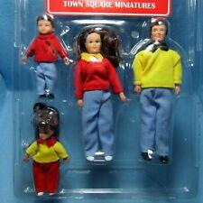 Dollhouse Miniature Modern Day Family Dolls Dad Mom Girl and Boy G7603