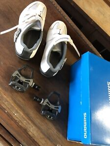 Shimano RP3 SPD SL Womens Road Shoes Euro 38 And Shimano PD 5700 C Pedals