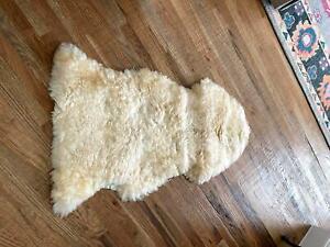 Sheepskin Rug Solid Ivory White Fur Furry Unbranded