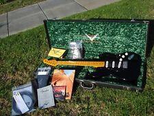 Fender David Gilmour NOS Custom Shop Stratocaster - MINT Condition w/ Book / CD
