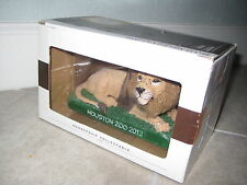 Hand Painted LION Animal Statue Houston Zoo Membership Collectible 2013 Texas