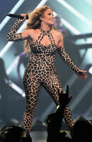 Jennifer Lopez Wearing a Jumpsuit 8x10 Picture Celebrity Print