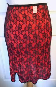 Vintage Red & Black Lace Half Slip Mistra Shadow Panel Medium W18 - 26