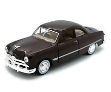 1949 Ford Coupe MOTORMAX Diecast 1:24 Scale Burgundy