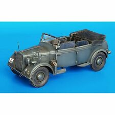 Plus Model 186 KABRIO Kfz.21 conversion Set pour Horch Kfz.15 1/35 Scale Model