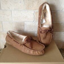 UGG Dakota Slippers Moccasins Chestnut Suede Sheepskin US 9 Womens 5612