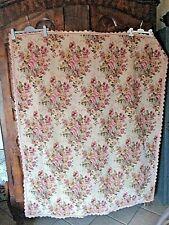 Ancien jeté de lit/canapé en passementerie-tissé bouquets de roses -plaid