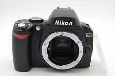 Nikon D40 6.1 MP 3''SCREEN Digital SLR Camera Body Only WITH BATTERY