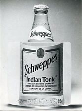 PHOTO JACQUES CAILLAUT / PUBLICITAIRE /BOUTEILLE DE SCHWEPPES INDIAN TONIC