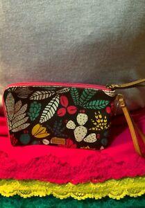 Fossil Black Multi-Color Floral Coated Canvas Corner Zip Clutch Wallet Wristlet
