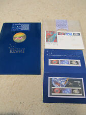 1992 Australia Post Publication - International Space Year, include stamps
