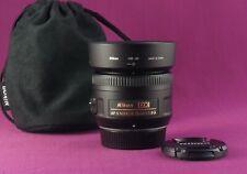 Nikon Nikkor AF 35mm F/1.8 AF-S DX Lens  and hood  Excellent 1540B