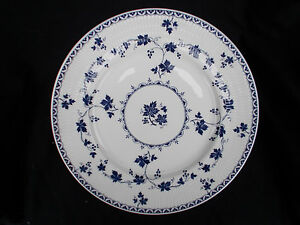 Royal Doulton YORKTOWN. Side Plate. Diameter 6 1/2 inches. Ribbed.