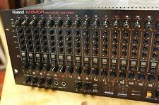 Roland M-240R 24-kanal Rackmixer Mischpult 4HE Routingmonster Top