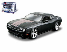1:24 Maisto 2008 DODGE CHALLENGER SRT8 BLACK Diecast Metal Model Kit 33 Parts