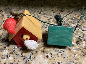VINTAGE RADIANT ELECTRIC PLASTIC BIRDHOUSE CHIRPING BIRD ORNAMENT WORKS GREAT