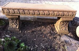 Blumenbank Bank f. Blumen zum bepflanzen Kunst Sandstein Look Steinguß B 18 ROT