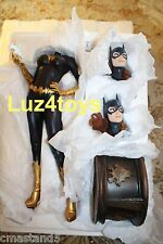 DC Sideshow Batgirl Premium Format Exclusive Edition Switch Out Head