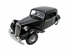Maisto 1/18 Citroen Traction 15 CV Six 31821bk
