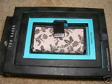 Ted Baker Floral/Leather Case iPod nano 2nd generation