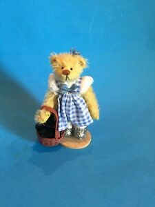 """DEB CANHAM  """"DOROTHY WITH SILVER SLIPPERS"""" CARRYING TOTO IN BASKET"""" FROM 0Z SET"""