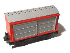 Lego® Eisenbahn 9V Güterwaggon mit Schiebetüren aus 4563 Trains Waggon 3677 7898