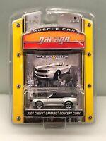 Greenlight MUSCLE CAR GARAGE 2007 Chevy Camaro Convertible Concept Silver NIP