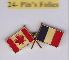 Pin's Folies **  Drapeaux Flags France Canada