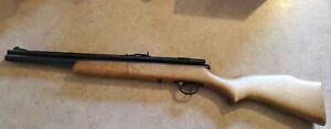 Vintage CROSMAN Model 1400 .22 Cal Pump Air Gun Pellet Rifle