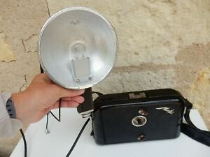 METZ MECABLITZ  FLASH AND BATTERY HOLDER 1960S PAPPARATZI