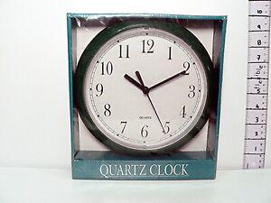 "Woolworth Interior Wall Clock Quartz Mechanism 8"" / 20cm Diameter Dark Green"