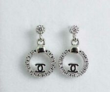 NEW! HIGH QUALITY WHITE GOLD PLATED CRYSTAL STUD EARRINGS (DESIGNER DROP)