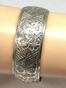 Vintage Austrian Hallmarked Art Deco 900 Silver Floral Etched Cuff Bracelet RARE