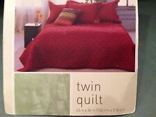 Global Home Red & Gold Embroidered Twin Bed Quilt Bedding Blanket Bedspread